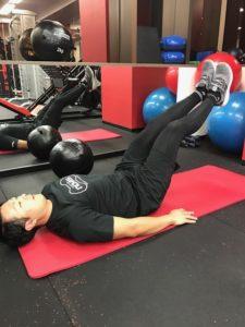 お腹(腹直筋)トレーニング